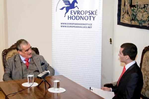 Karel Schwarzenberg v rozhovoru s Jakubem Jandou z Evropských hodnot